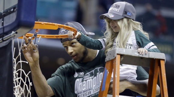 Lacey Holsworth and Adreian Payne